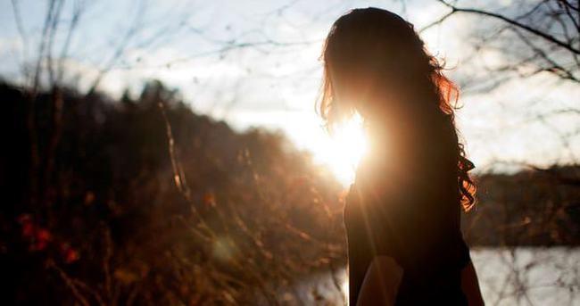 Güneş ışıklarının kırıştırıcı etkilerine karşı önlem alma vakti