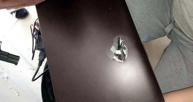 Şırnak'ta PKK kurşunu özel harekatçının laptopuna isabet etti