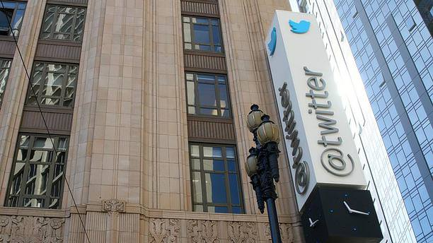 Twitter'dan istihbarat teşkilatlarına yasak!