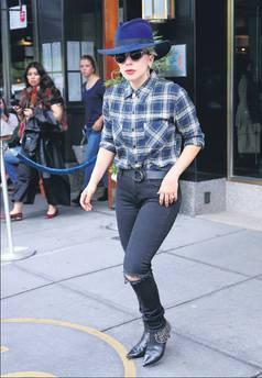 Kovboy Gaga!