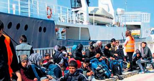 Yunanistan'a gitmek isterken yakalandılar