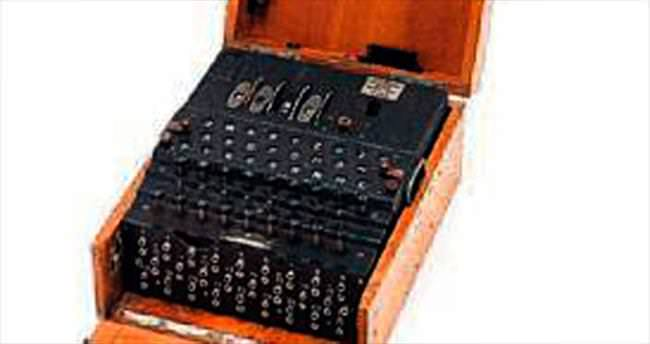 Naziler'in Enigma makinesi satışta