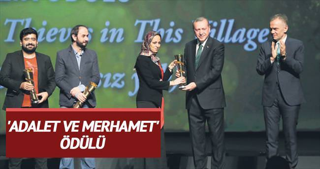 'Adalet ve Merhamet' ödülü İranlı Sadat'ın