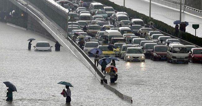 Şiddetli yağışlarda 9 kişi öldü 3 kişi kayıp