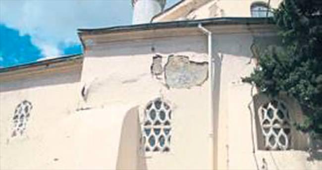 Hatuniye Camisi onarım bekliyor