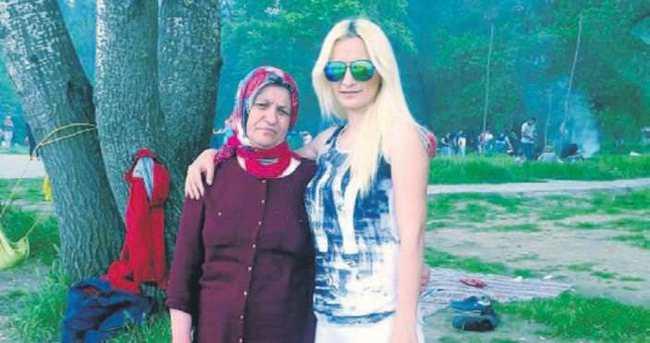 Boşanma davası açan eşi ile kızını öldürdü