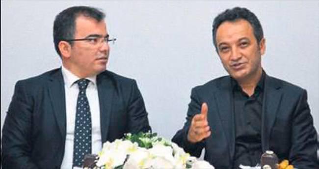 AKAMDER Başkan Ahmet Tunalı'yı ağırladı