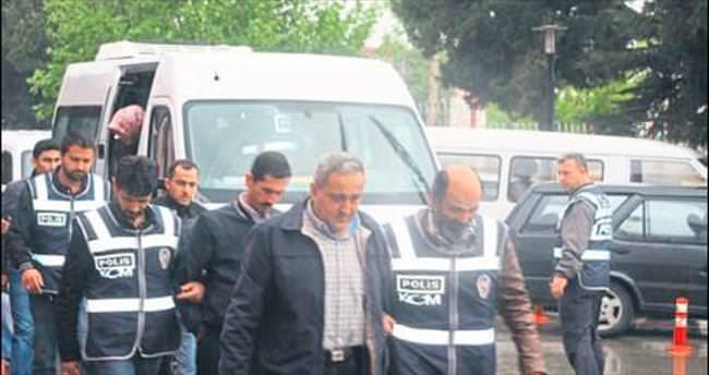 Savcının itirazı ile 2 tutuklama