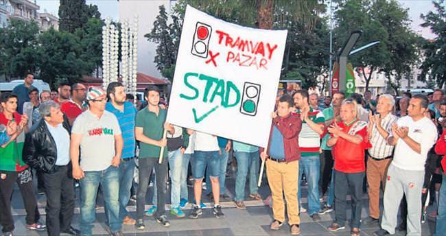 Başkanlara stat protestosu