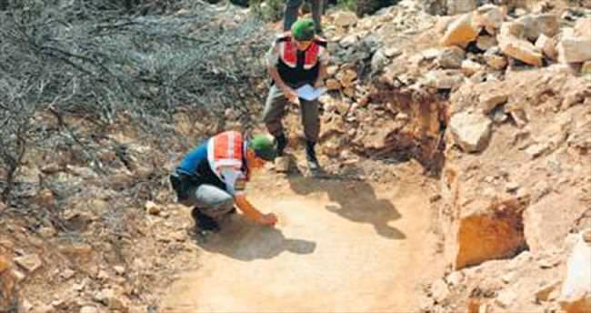 Kaçak kazıda mozaik zeminli kilise bulundu