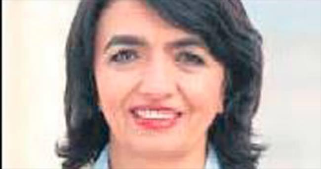 Almanya'da ilk Türk kökenli meclis başkanı