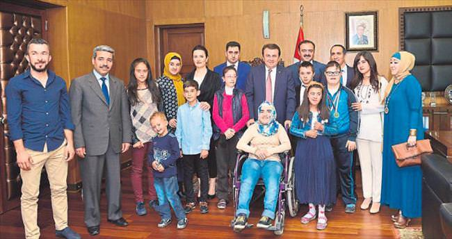 Özel öğrencilerden Erkoç'a ziyaret
