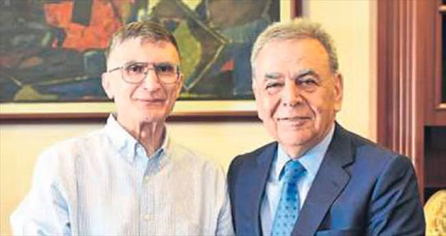 Nobel ödüllü Sancar İzmir'de