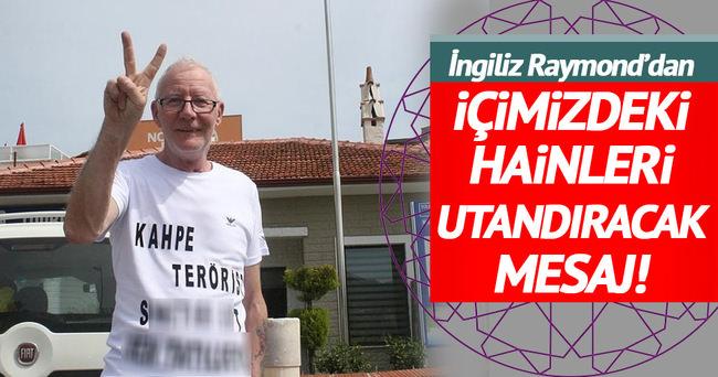 İngiliz'den turistlere tişörtlü mesaj!