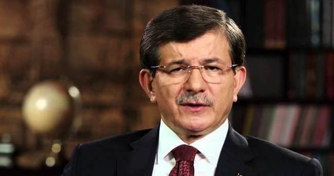 Başbakan Davutoğlu, megafonla helallik istedi