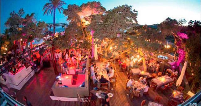 Ibiza'nın en şık beach club'ı Bodrum'a geliyor