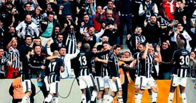 Beşiktaş borsada da Devler Ligi'ne girdi