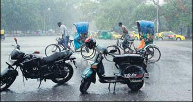 Bangladeş'te bilanço ağırlaşıyor