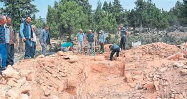 Kaçak kazıcıya koruma görevi