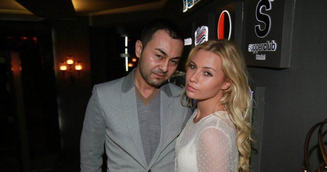 Serdar Ortaç'tan boşanma iddialarına videolu yanıt