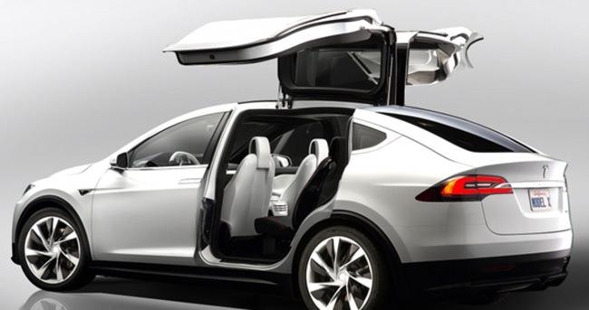 Tesla ucuz işçi çalıştırmakla suçlanıyor!