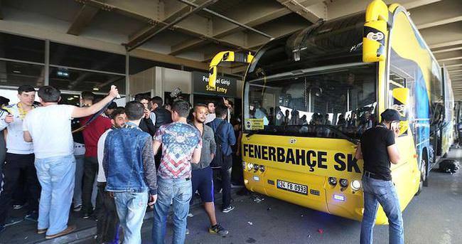 CSKA Moskova - Fenerbahçe maçı sonrası coşkulu karşılama
