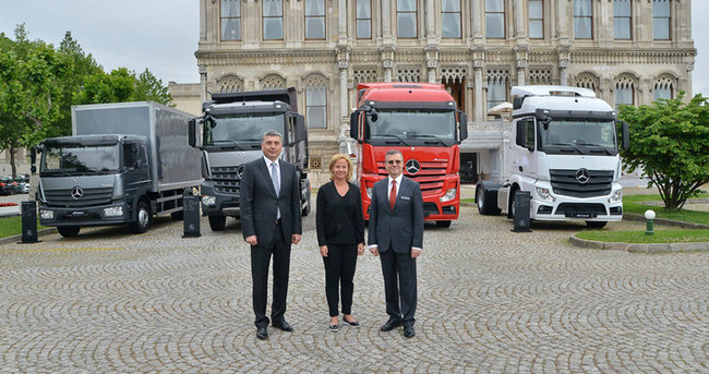 Mercedes-Benz kamyonlarını yeniledi