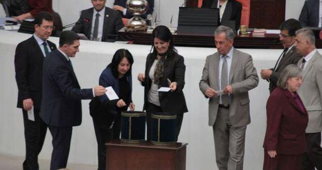 HDP Gensoru Önergesi'ni geri çekti