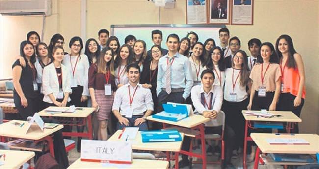 Final Okulları'nda FIMUN buluşması