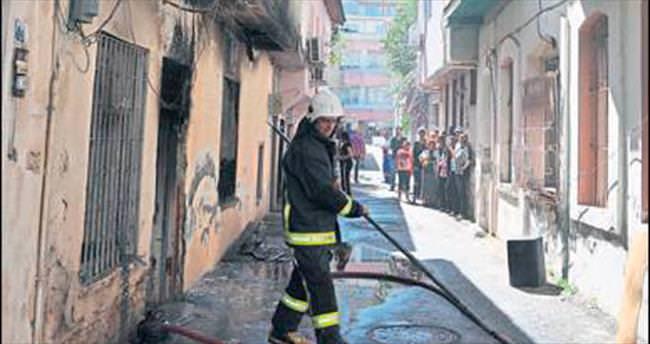 Tarihi binada yangın