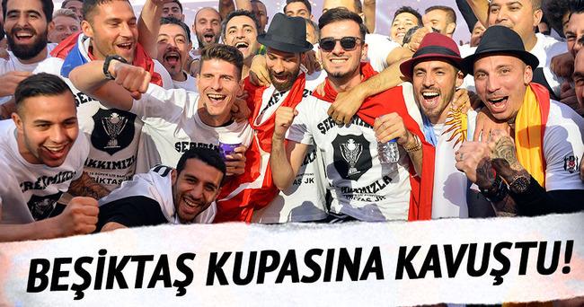 Şampiyon Beşiktaş, kupasına kavuştu