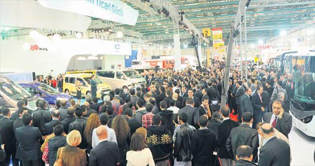Otomotiv sanayisinden gövde gösterisi