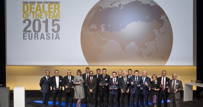 Türkiye'den üç Renault Yetkili Satıcısı Yılın Yetkili Satıcısı Ödülü aldı