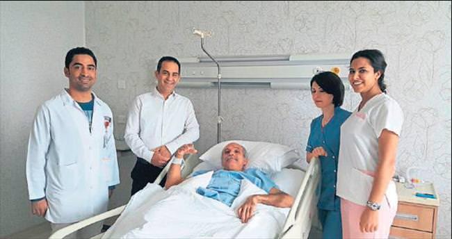 YDÜ'de boyun kırığı ameliyatı