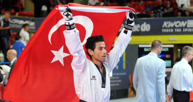 Erdoğan'dan milli sporcuya tebrik telefonu