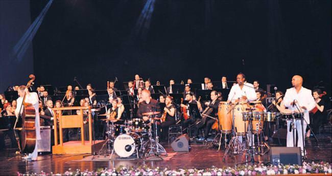 SenfoniKüba ile merhaba