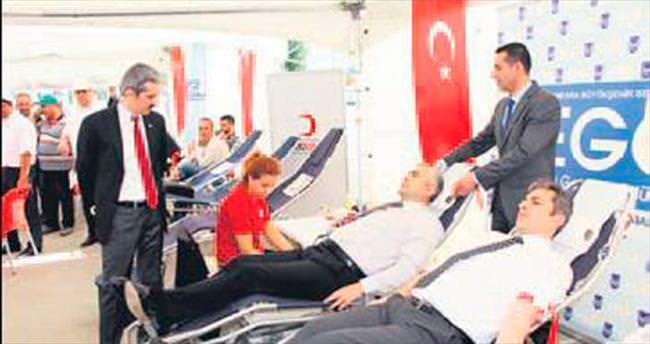 EGO şoförleri kan bağışında bulundu