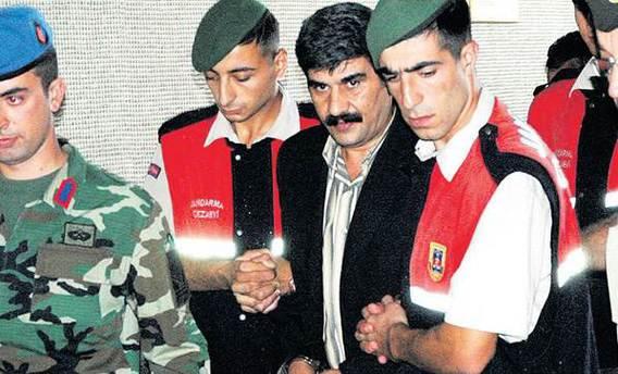 Zekeriya Öz'ün 'Osman'ı' komşuda ortaya çıktı