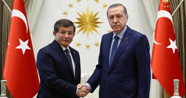 Cumhurbaşkanı Erdoğan Davutoğlu'nun istifasını kabul etti