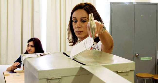 Güney Kıbrıs'taki seçimleri DİSİ kazandı