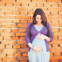 İleri yaşta gebelik bebek için de risk oluşturur