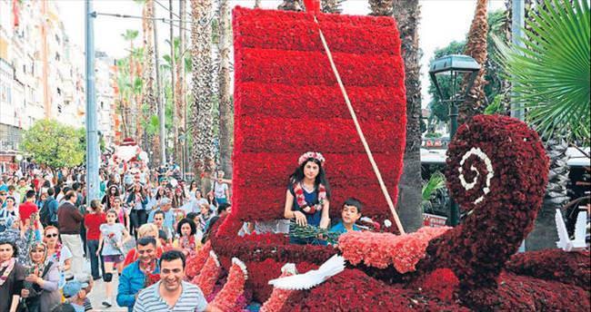 Antalya çiçek açtı