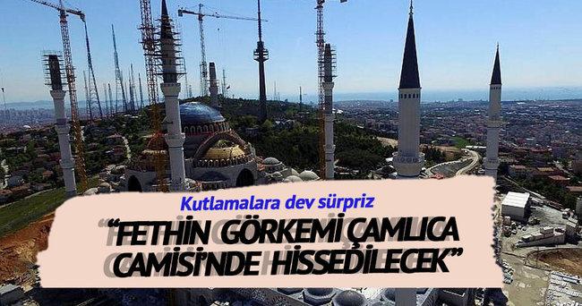 Çamlıca Camisi'ne 1453 metrekarelik bayrak