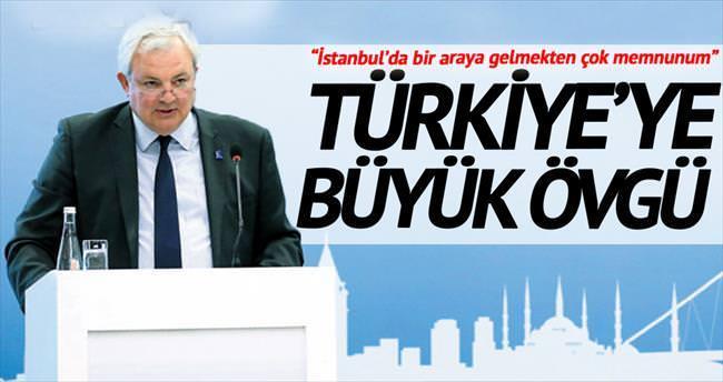 'Türkiye olağanüstü cömert davranıyor'
