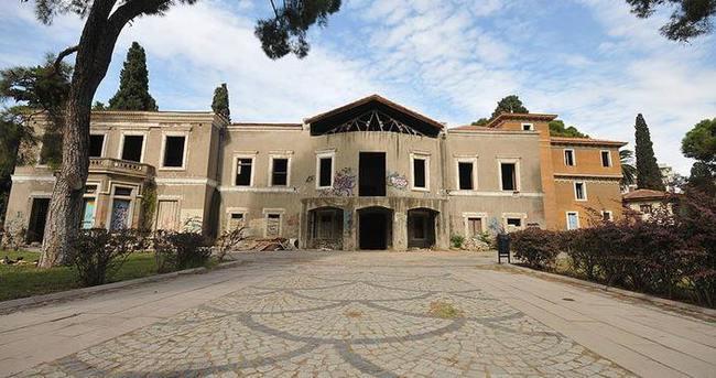 İzmir'in en büyük 'levanten köşkü'ne restorasyon
