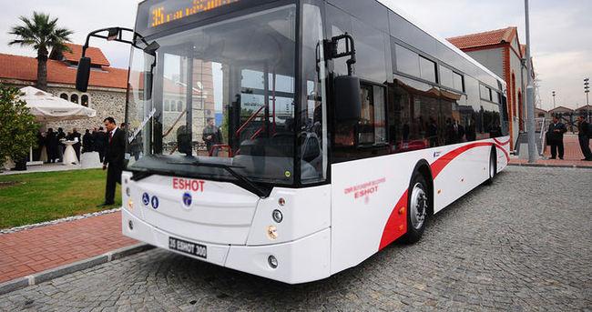 Belediye otobüsü şoförü akaryakıt çalarken yakalandı