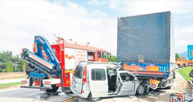 Balıkesir'de feci kaza: 1 ölü 5 yaralı