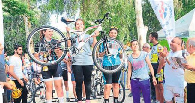 Gençlik Kupası Bisiklet Yarışması tamamlandı