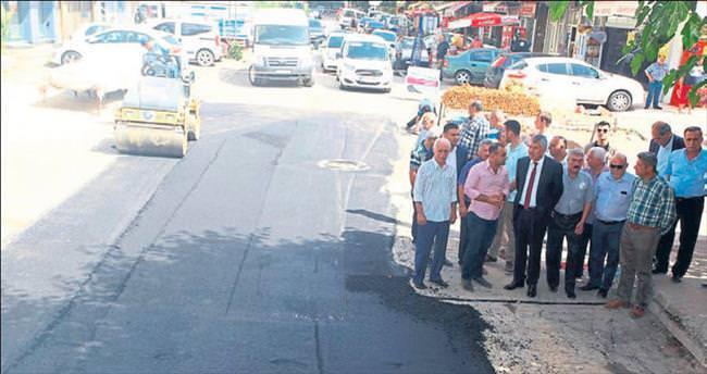 Başkan Zeydan Karalar asfalt denetiminde