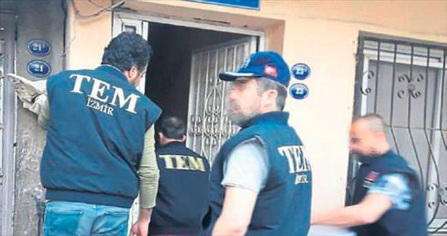 İzmir'de 5 ilçede terör operasyonu: 12 gözaltı